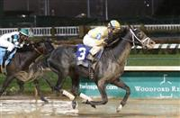 Airoforce skips through slop to Kentucky Jockey Club victory