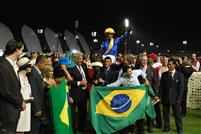 Gloria De Campeao wins the 2010 Dubai World Cup