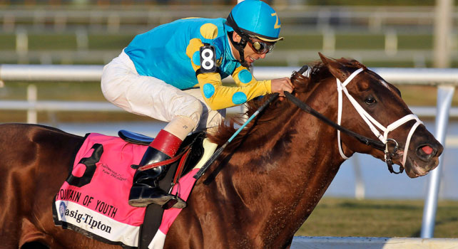 Eskendereya powers to victory in the 2010 Fountain of Youth at Gulfstream