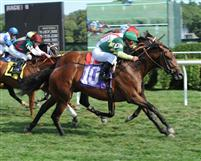 Fantastic Song breaks maiden at Saratoga.