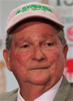Trainer Hal Wiggins