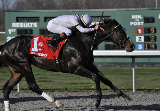 Hold Me Back captures the G2 Lane's End Stakes