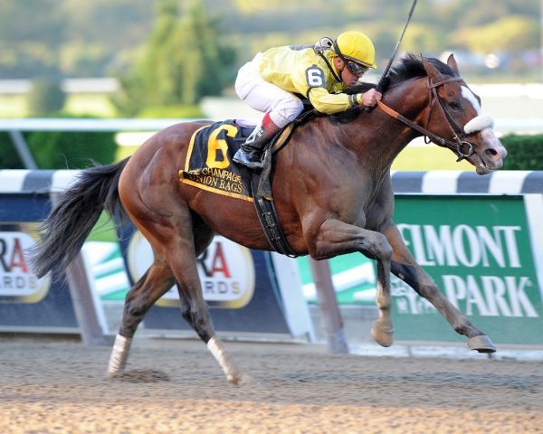 Union Rags wins 2011 Champagne.